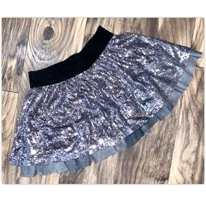 The Childrens Place Sz 10 Girl Silver Sequin Skirt